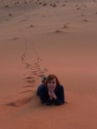 Kasbah Ramlia: posando en las dunas