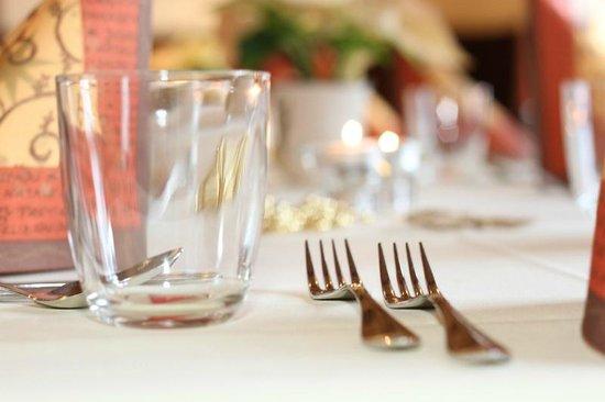 Hotel - Restaurant Cafe Rheingold: Impressionen zu unseren Tischdekorationen.