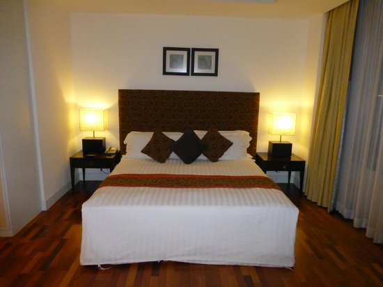 The Duchess Hotel and Residences : bedroom