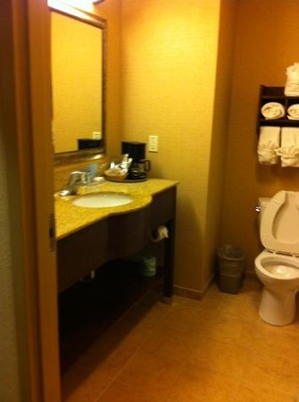 Holiday Inn Express Hotel & Suites Tavares: disliked coffee maker in bathroom.