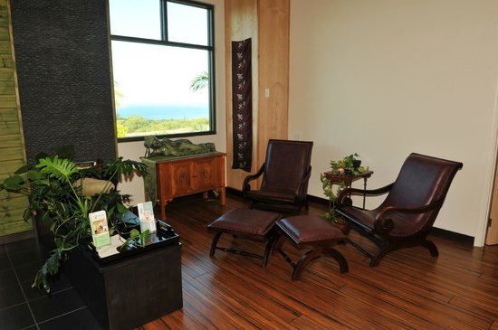 Maui Zen Day Spa : Enjoy the ocean view in our relaxation lounge