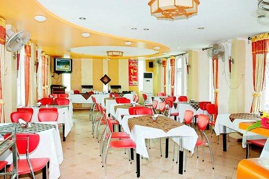 Van Mieu Hotel: Dining
