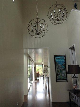 Hei Matau Lodge : Hallway main house area