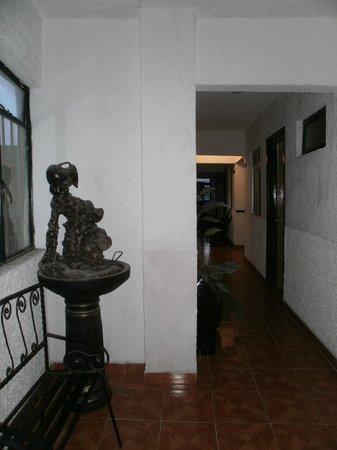 Hotel Murillo Plaza: corredor del hotel