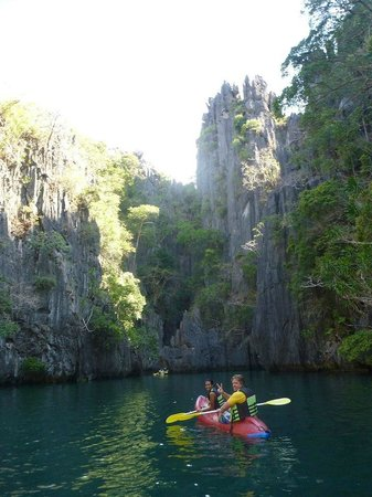 El Nido Resorts Miniloc Island: Small lagoon is just around the corner, allow 15 to 20 mins to paddle to it easily.