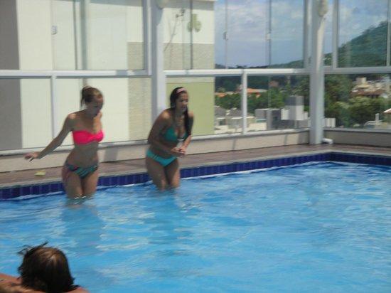 Mar de Canasvieiras Hotel & Eventos: pileta en terraza