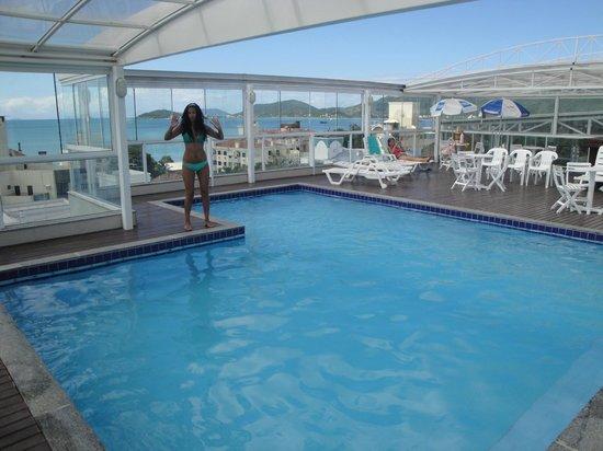 Mar de Canasvieiras Hotel & Eventos: pileta climatizada