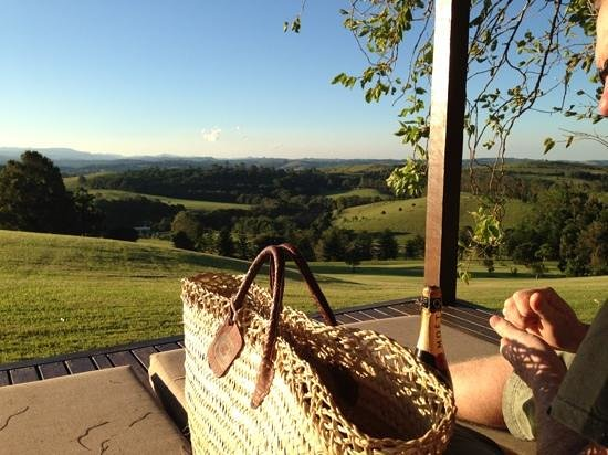 Gaia Retreat & Spa: Moët and sunset. bliss