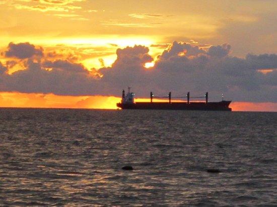 La Casa De Santa Marta: Atardeceres desde la Casa