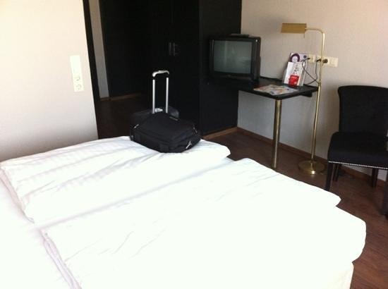TRYP by Wyndham Bremen Airport: Einzelzimmer mit Doppelbett