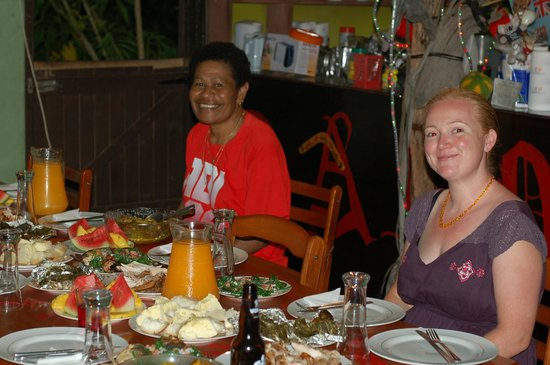 Danny's Village Homestay: Lovo night