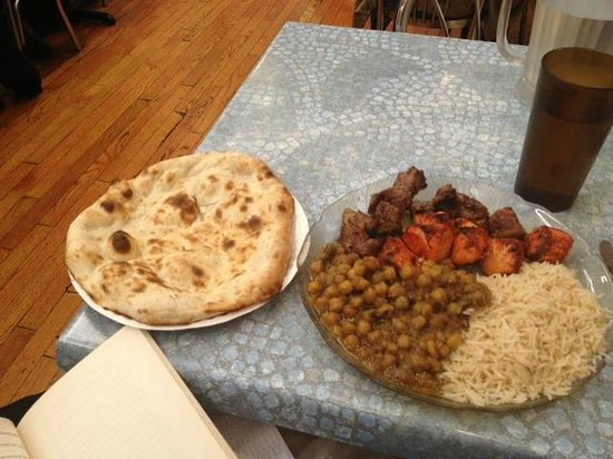 Kabob Palace : Flat bread, chickpees, rice and 2 kabobs.  Yummy!
