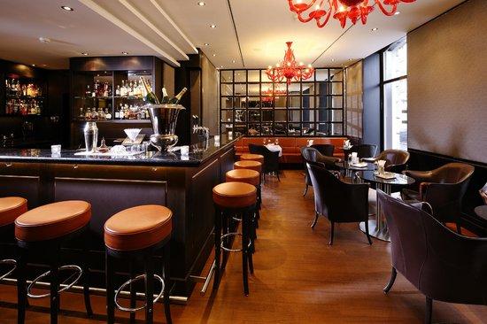 Schweizerhof Bar