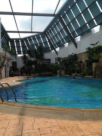 Regency House by Far East Hospitality: great pool!