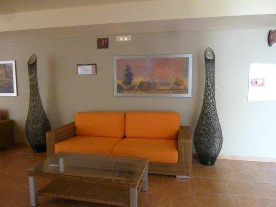 Elba Carlota Beach and Convention Resort: couloir
