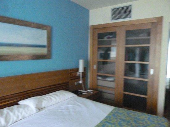 Elba Carlota Beach and Convention Resort: chambre