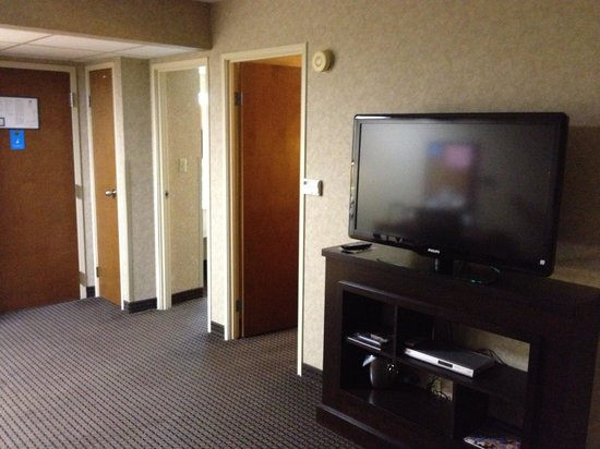 HYATT house Charlotte Airport: One of the big TV's