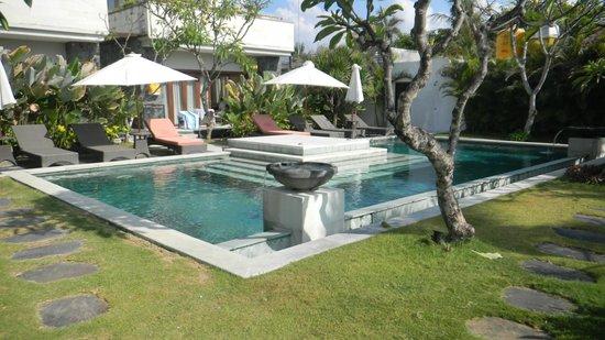The Segara Suites: pool area