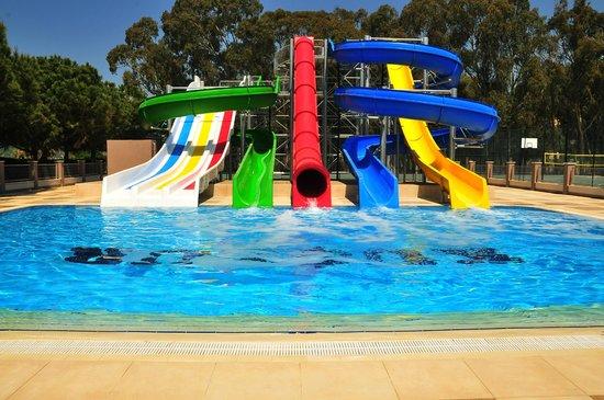 Kustur Club Holiday Village: Water Slides