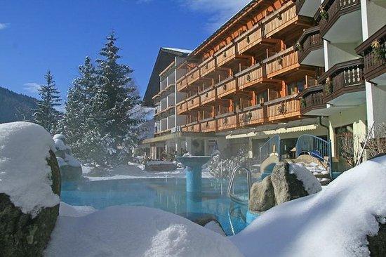 Harmony's Hotel Kirchheimerhof: Winter Außenansicht