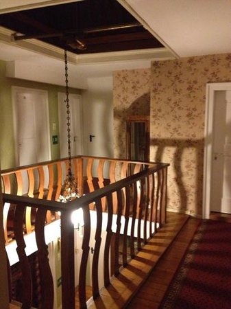 Hotel Rebstock Laufenburg: charmanter Flur