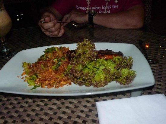 Ambassador in Paradise Resort: dinner