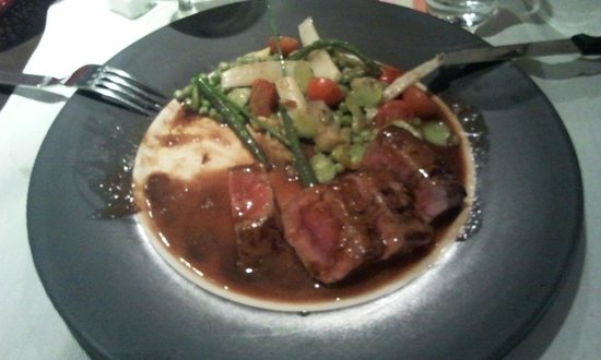 Gusto Restaurant : Lamb with vegetables