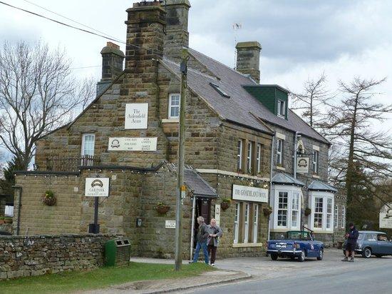 Goathland Station: 'Heartbeat' pub.