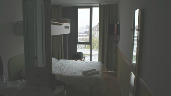 Ibis Budget Dresden City: Doppelbett