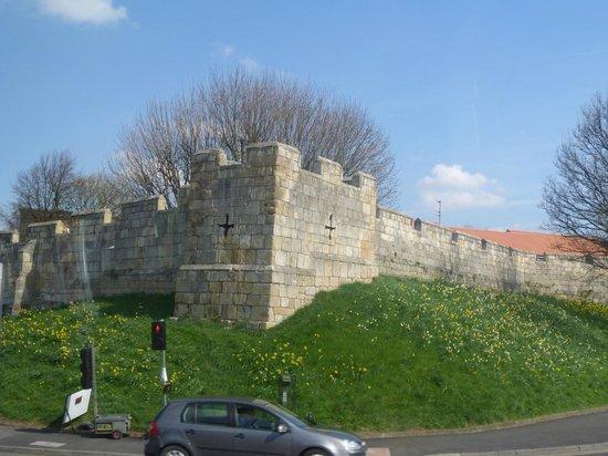 York City Walls: Beauty of City Walls.