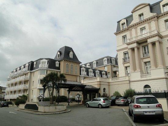 Résidence Neptunia : Vue de l'hotel et de la résidence