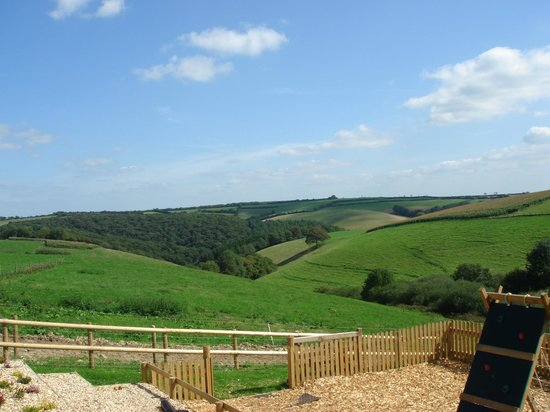 North Lee Farm Holiday Cottages: Far reaching views from the play area