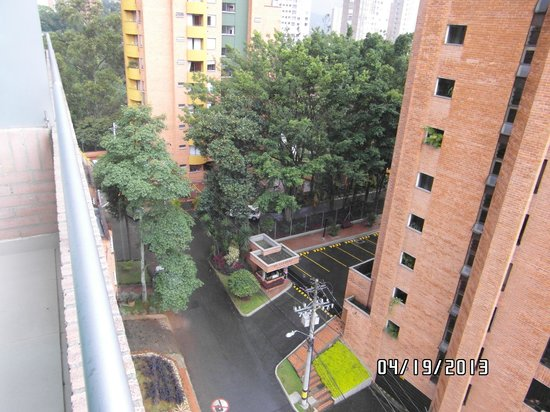 BEST WESTERN Sky Medellin Hotel: From room 703