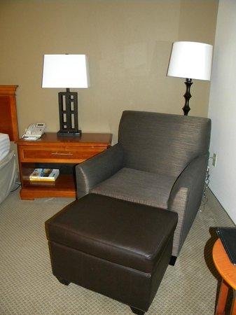 Holiday Inn Atlanta Airport South: Room