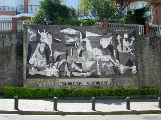 """Fundación Museo de La Paz de Gernika: Ceramic rendition of Pablo Picasso's """"Gernika"""" in Guernika"""