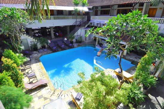 Rosani Hotel: pool