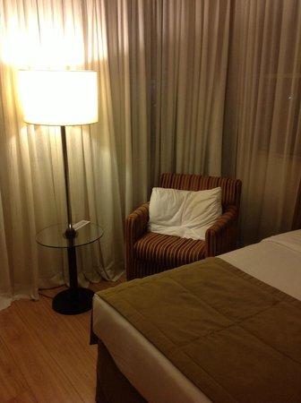 Mercure Sao Paulo Jardins Hotel: Sofa