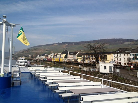 Parkhotel Rudesheim am Rhein : Вид на набережную