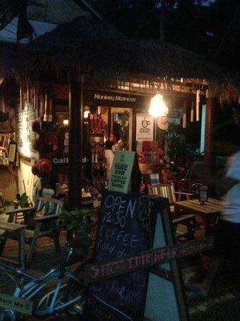 Monkey Biziness Cafe - Koh Lanta : nice place :)