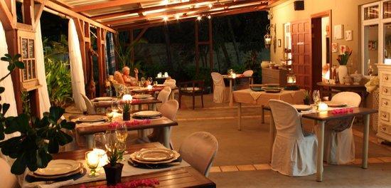 Bleu De Toi Boutique Guest House: Dinner by candle light