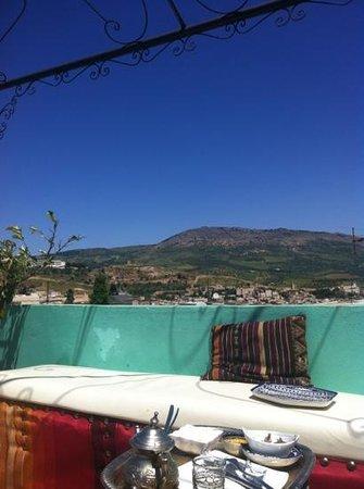 Riad Verus : Enjoyed breakfast at roof tetrace