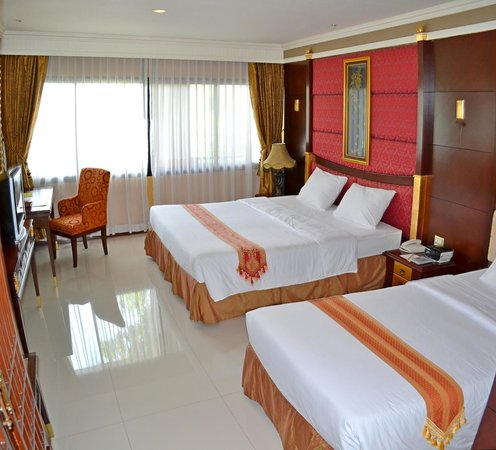 Fairtex Sports Club Hotel: Deluxe twin beds