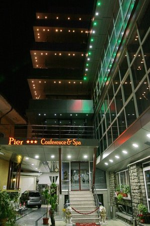 Grand Pier Business Center