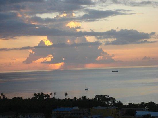 The Champs, Hotel, Restaurant & Bar: De prachtige ondergaande zon vanuit de hotelkamer