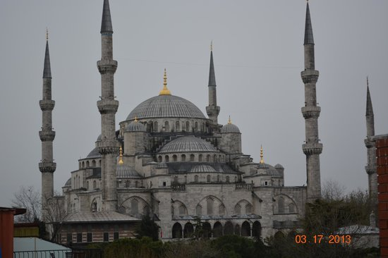 Uyan Hotel: View from Hotel trace Blue Mosque