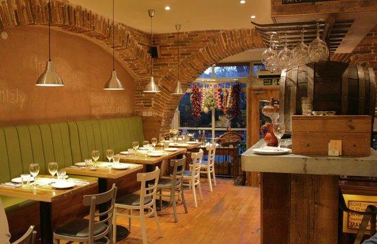 Mozzarella & more Interior