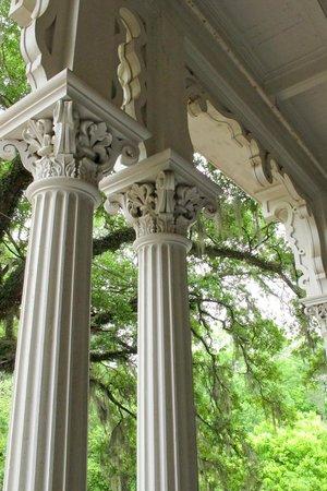 Natchez, MS: Detail of exterior woodwork.