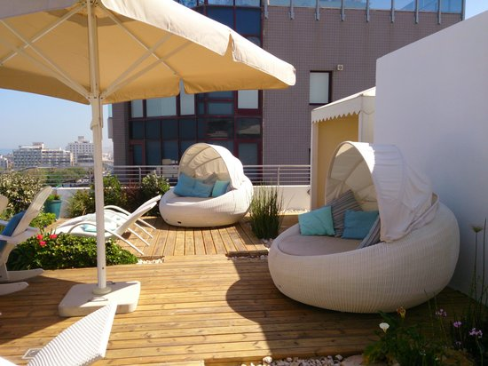 Shalom Hotel & Relax Tel Aviv - an Atlas Boutique Hotel: great roof terrace