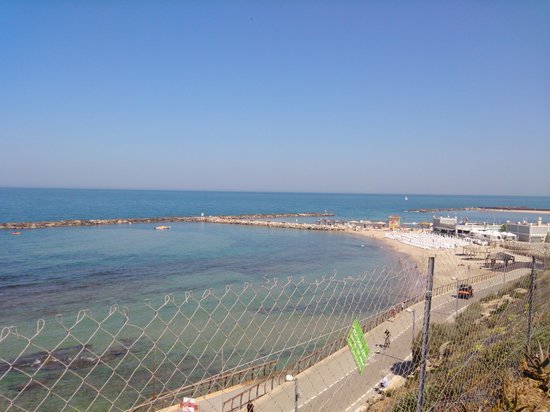 Shalom Hotel & Relax Tel Aviv - an Atlas Boutique Hotel: view from the roof terrace