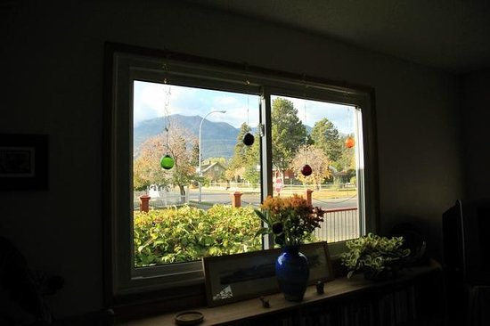 Seldom In Guest House: view from the living room